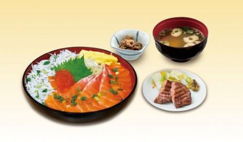 海鮮丼、鮭、しらす、海の幸、利久、大阪駅、エキマルシェ大阪